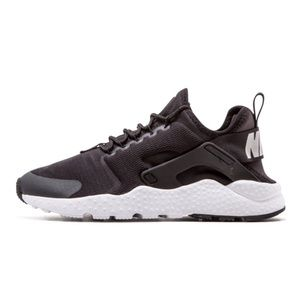 Nike Air Huarache Run Ultra Black/White Sneaker 8